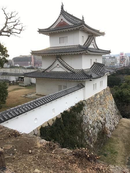 明石城天守台からの坤櫓