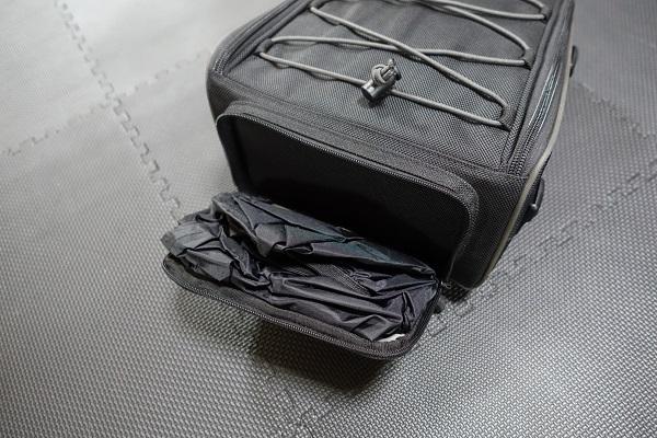 HenlyBegins DH-710シートバッグのレインカバーと収納