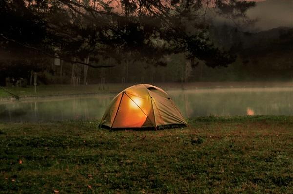 夜キャンプの様子