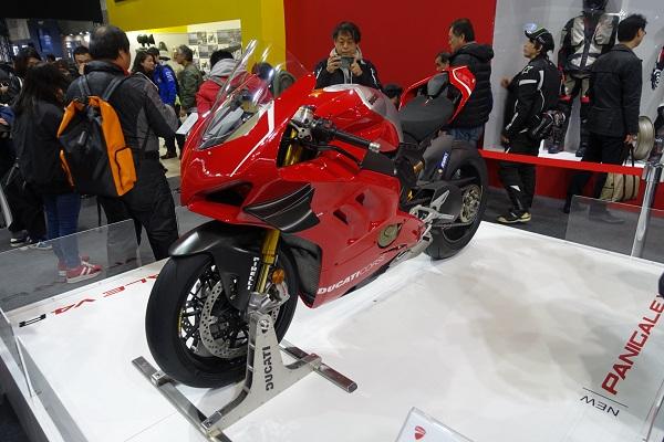 大阪モーターサイクルショー2019DOCATIブースPanigaleV4R