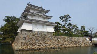 高松城艮櫓裏から見た