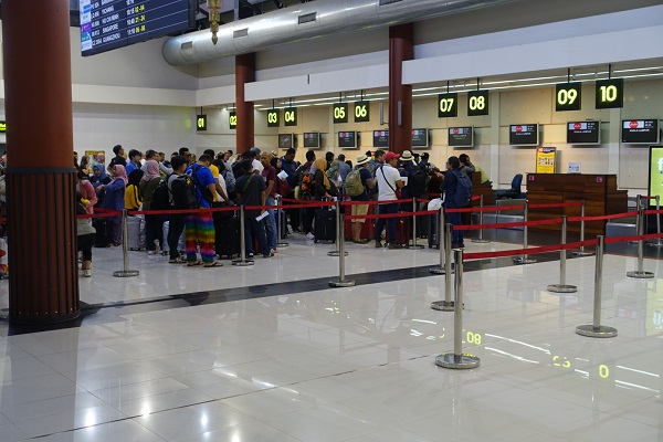 シェムリップ空港チェックインカウンター