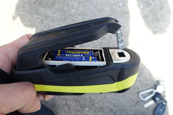 ABUSアラームディスクロック電池部分