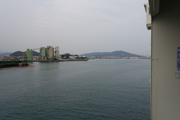 南海フェリーから徳島港
