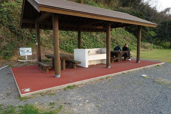 上和田緑地キャンプ場くじら広場炊事場