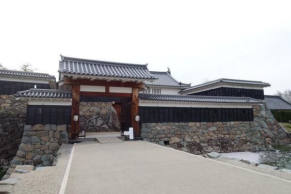 松本城太鼓門一の門