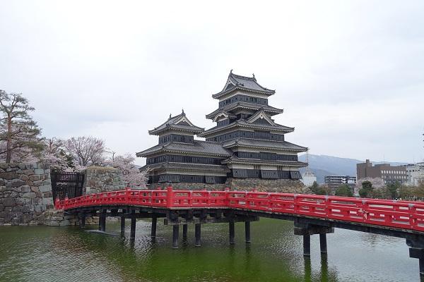 松本城埋の橋と門