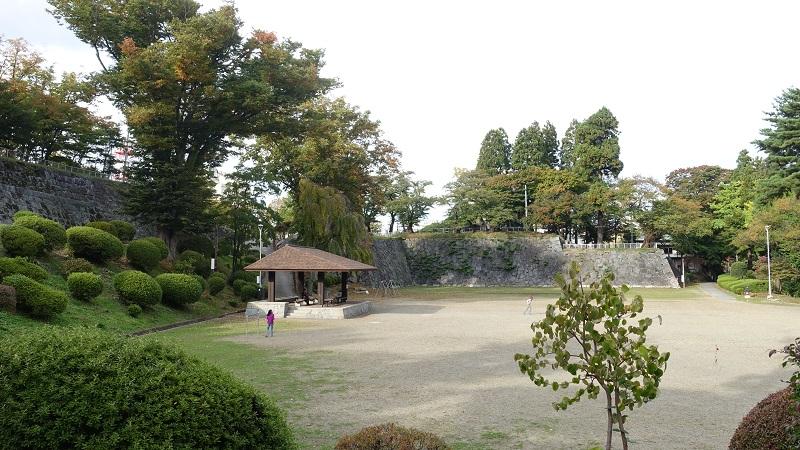 台所屋敷跡(多目的広場)