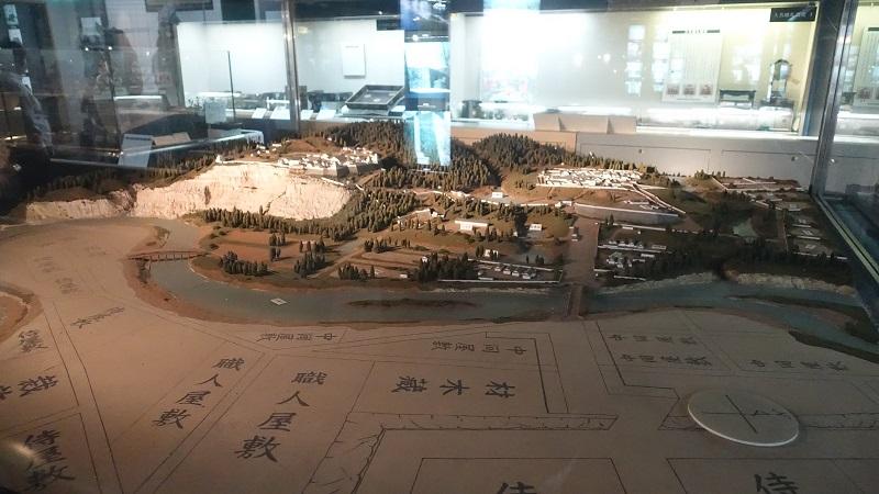 青葉城資料展示館内の模型