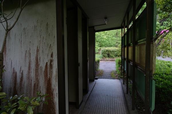 厳木ダムキャンプ場サイトトイレ