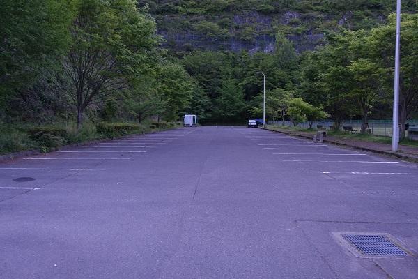 厳木ダムキャンプ場駐車場