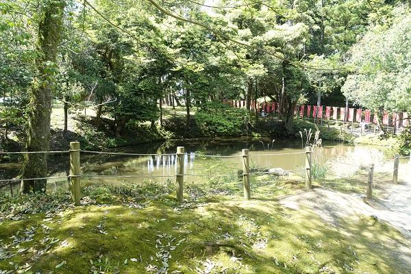 松江城馬洗い池