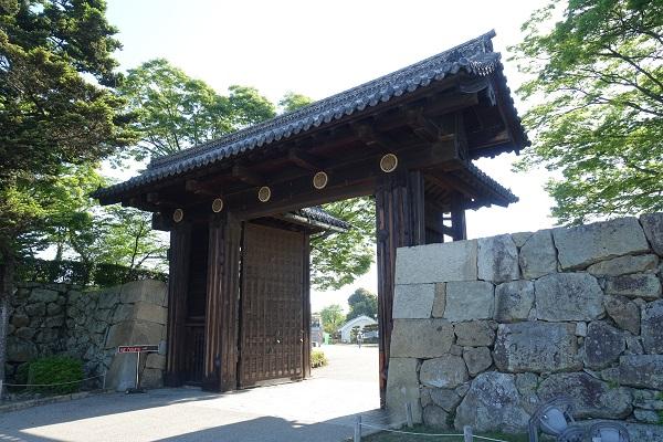 姫路城大手門