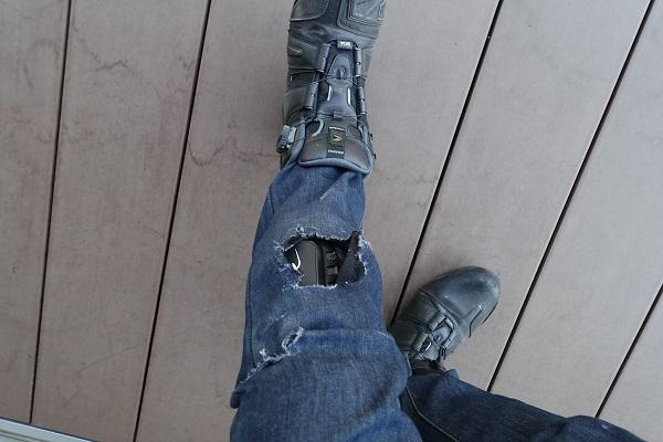事故膝周りの