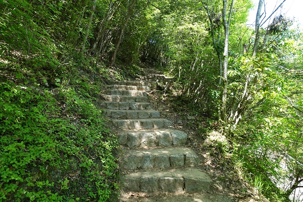 備中松山城登山道2