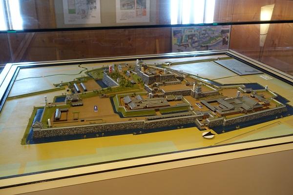 稲荷櫓内の甲府城模型