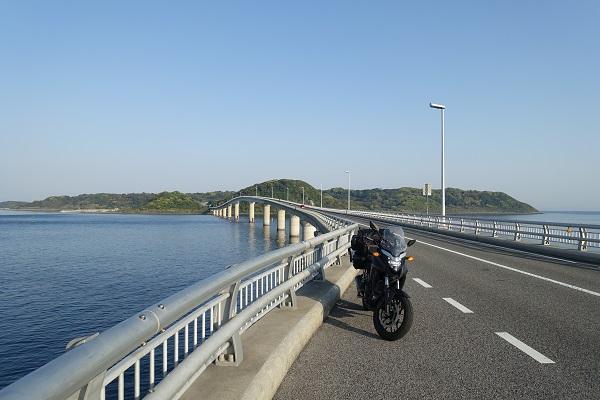 角島大橋真ん中あたり