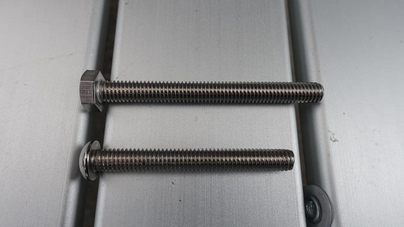 上:M6x60mm 下:50mm付属ボルト